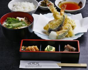 大和野菜と海老の天ぷら膳