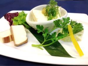 彩り豆腐の三種盛り