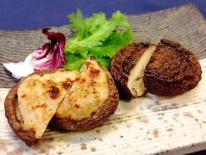 椎茸の大和肉鶏ミンチ詰め
